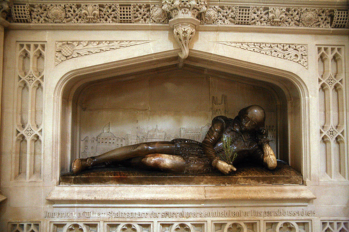 Statue of Shakespeare in Southwark Cathedral